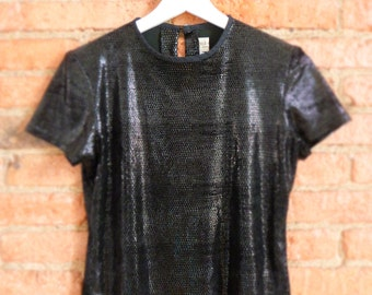 Perfect 90s cropped shiny black stretch top