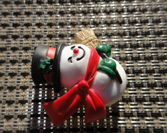 Vintage Snowman Christmas Jewelry Pin Button BROOCH Snow Man