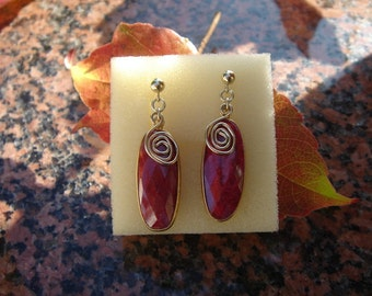 Earrings with Ruby in 585-er gold filled, wonderful!