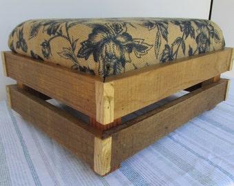 Shabby Chic Footstool, Rustic Ottoman, Ottoman, Rustic Furniture, Reclaimed Wood Footstool, Coastal Beach Decor, Farmhouse