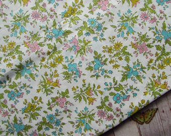 Beautiful Vintage Fabric - Floral - 36 Wide x 3 Yards