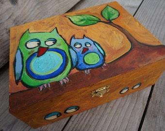 jewelery box, wood, handpainted, keepsake box, treasury box, sewing things, owl, mother, child