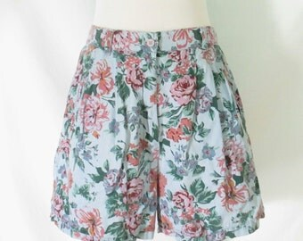 90's Pierre Cardin Floral Shorts High Waist Pleated Shorts 1990's Floral Cotton Shorts High Waist Vintage Shorts