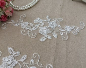 White Lace Appliques Venice Lace Flower Collars Corsage Costome Decor Lace Patches 1 Pair YL191