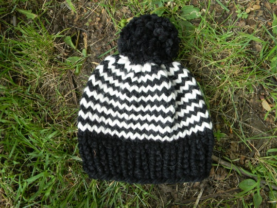 Child s Knit Hat Pattern Bulky Yarn : PATTERN: Zig-Zag Beanie diy chunky yarn stripe knit ...