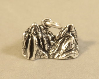 Sterling Silver 3-D BADLANDS Charm Pendant National Park South Dakota Travel Tourist Hike .925 Sterling Silver New tr99