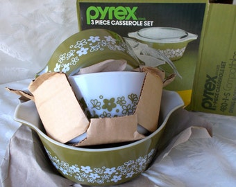 Pyrex 6 Piece Casserole Set, Brand New In Box, Spring Blossom, Crazy Daisy