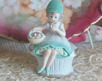 Lefton Bisque Girl Figurine Trinket Box, Made In Japan Cottage Chic