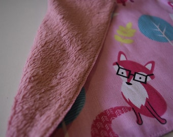 Fuzzy fox girls pink mink throw