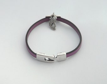 Lilac leather strap / purple, during carp koi, silver plated zamac clasp