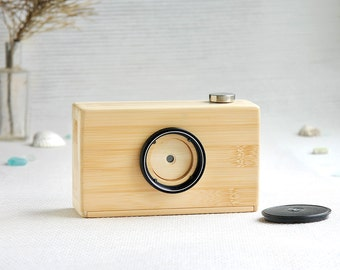 Bamboo pinhole camera, 120 film, format: 6x6