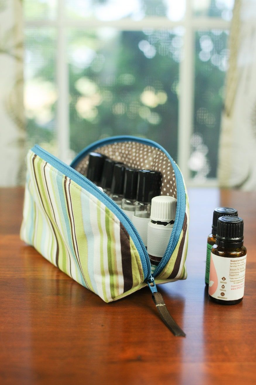 Essential Oil Carrying Case - with laminated interior, holds 12 bottles