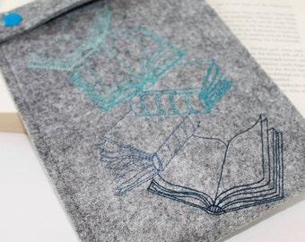 EBook cover made of felt, Kindle, eReader, eBook reader case for Kindle, measure and embroidered book motif
