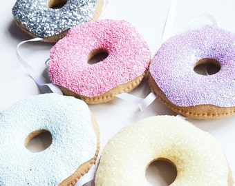 Doughnut garland, Glitter doughnut garland