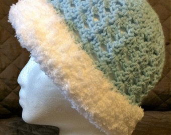 Baby blue hat with fuzzy white brim