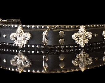The NOLA handmade leather dog collar features large crystal fleur de lis conchos, overlay & borders of flat silver studs by Picasso Collars