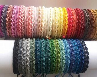 30% DISCOUNT   Very Simple micromacrame bracelet