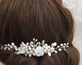Stunning freshwater pearl hair comb, bridal hair comb, wedding hair comb, bridal headpiece, bridal hair accessories, wedding hair piece