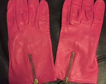Ladies pink vintage leather gloves size small