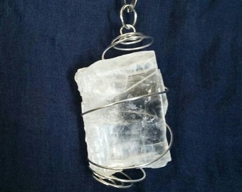 Selenite Hanging Crystal // White Selenite Gemstone // Crystal Ornament // Hanging Wall and Window Decor for Beauty, Peace and Protection