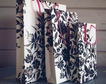 Black & white paper gift bags, painted floral effect pattern gift bags. monochrome, Handmade gift bags in small, medium n large, giftbag set