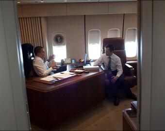 24x36 Poster . President Barack Obama & Dennis Kucinich, Air Force One