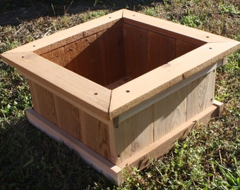 Brand New All Solid Cedar Garden Planter Box, 18 inches square & 9 inches tall - Free Shipping
