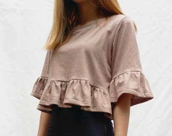Cotton jersey knit ruffle crop top tee