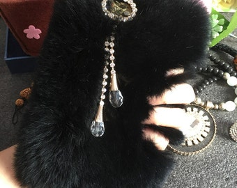 Bling Luxury Black Soft Fluffy Fur Furry Gems Pendant Lovely Fashion Jewelled Crystals Rhinestones Diamonds Hard Cover Case for Mobile Phone