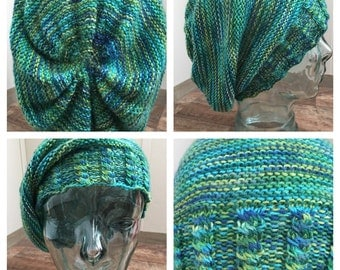 Slouchy hat with cabled brim