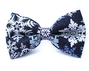 Snowflake Bow Tie | Dog Bow Tie | Boys Bow Tie | Mens Bow Tie | Gift for Him | Christmas Bow Tie | Winter | For Him | Christmas Photo