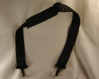 Alto Saxophone Strap - Over The Shoulder Saxophone Alto Strap - Full length is 40 inches - Near New Condition.