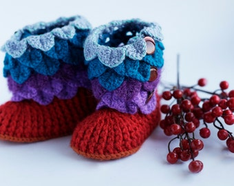 Baby Booties/ Baby Uggs/ newborn booties/ Handmade crochet booties for baby/ baby shoes/ multicolor booties/ Baby shower gift/ Three Snails