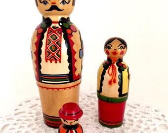 Vintage Ukrainian Hutsul Nesting Doll Family of Four. Nesting Dolls, Stacking Dolls, Matryoshka Dolls, Russian Dolls, Ukrainian Dolls.
