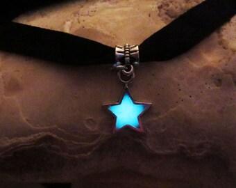 Star Black Velvet Ribbon  necklace // glow in the dark