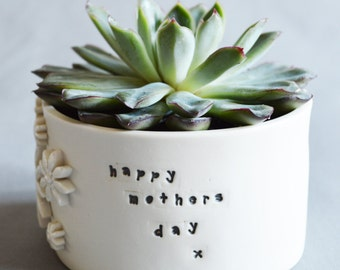 Mothers Day Planter Pot ( Ceramic Pot, Mothers Day Gift, Happy Mothers Day, Porcelain, Flower Pot)