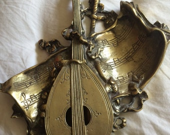 Brass lute box