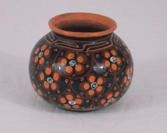 Vintage Decorative Painted Flowers Native Mexico Clay Pot or Vase