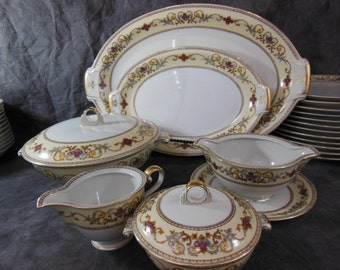 Ceremonial Pattern Dinnerware by Meito - 92 Pcs - Made in Occupied Japan