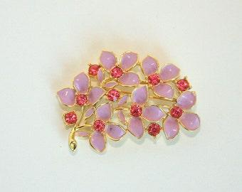 Sarah Coventry Lavender pink enamel brooch pin