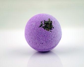 Lavender Bath Bomb; All Natural Aromatherapy Fun and Colorful Bath Bomb; 2.5oz 4oz or 7oz Life ...