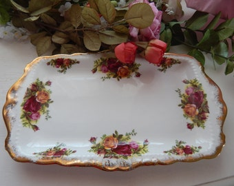Royal Albert Old Country Roses Sandwich Plate