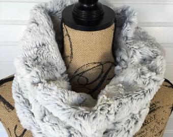 Faux Fur Cowl Scarf- White Fur Scarf- Fashion Snood