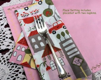 Embroidered Place Mat with Napkins Set in Organic Cotton Fabrics