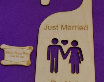 Birch Door hanger Just Married, Do Not Disturb 25x9.5cm/250x95mm