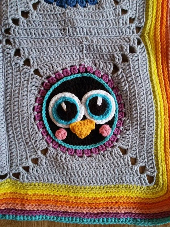 Crochet baby blanket with penguin motifs, granny square ...