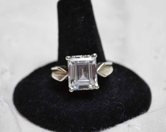 Vintage Estate Large Sterling Silver 925 and CZ Ring Size 10 GORGEOUS!!!