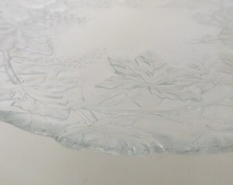 Glass Cake Plate, Wedding Cake Plate, Pressed Glass, Footed Plate, Scalloped Edge Plate, Gift Item