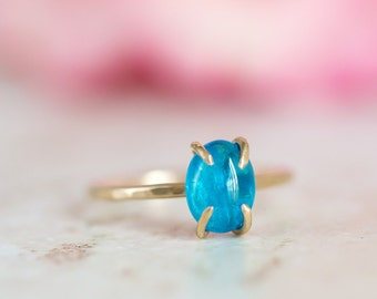 Apatite Ring, Neon Blue Apatite Gold Ring, Apatite Prong Set Ring