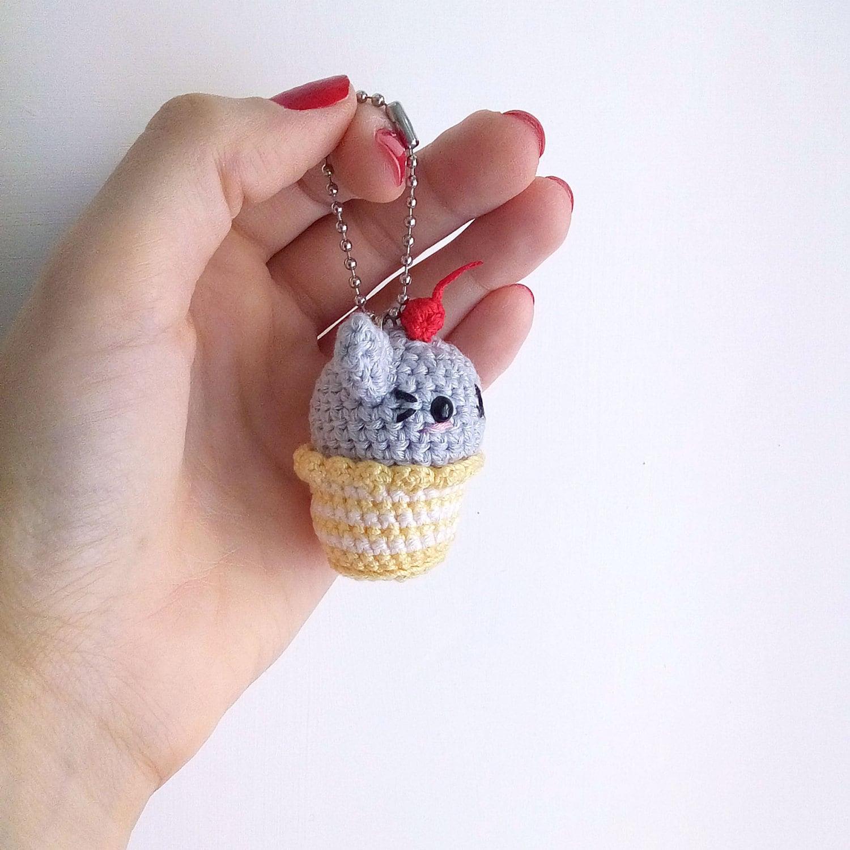 Kawaii Amigurumi Cupcake Keychain : Cat Cupcake Keychain Amigurumi